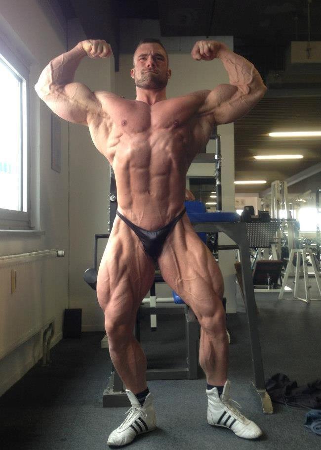 girl-videos-amateur-male-bodybuilders